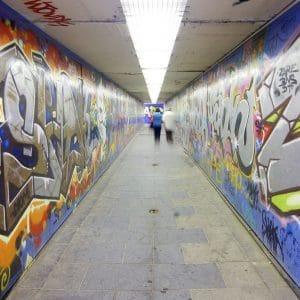 prevence před sprejery, graffiti a tagy