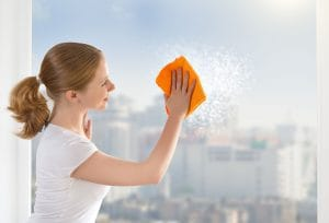 čistenie okien a okenných rámov