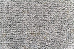 odstranění veškerých nečistot z koberce