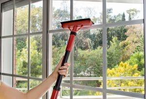 pomůcka na mytí oken
