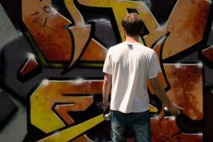 jak se bránit graffiti vandalismu