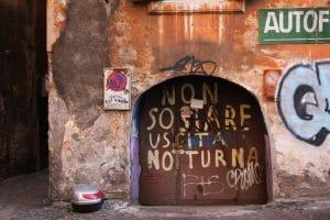 jak vyčistit graffiti