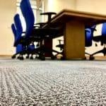 čištění koberců v kanceláři