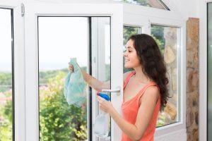 leštění oken beze šmouh