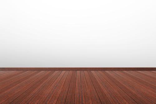 Strhávání vosků, lepidel z podlah