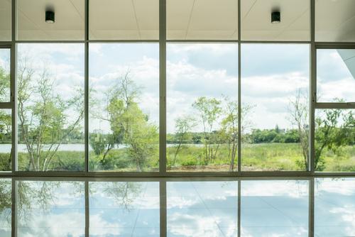 umývanie celoplošných okien