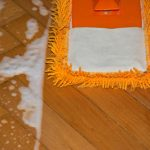 čištění plovoucích podlah