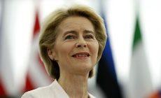 První žena v čele Evropské komise? O von der Leyenové rozhodují europoslanci