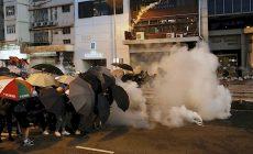 YouTube zavřel kanály kritizující hongkongské demonstrace