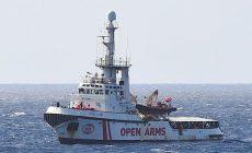 Madrid nabídl lodi s migranty, ať přistane na jihu Španělska. Ta odmítla