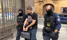 Policie zasahuje na desítkách míst v ČR kvůli daním