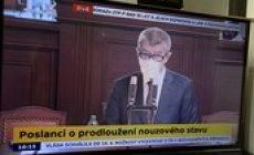 Nouzový stav může vláda prodloužit pouze do konce dubna, odsouhlasila sněmovna